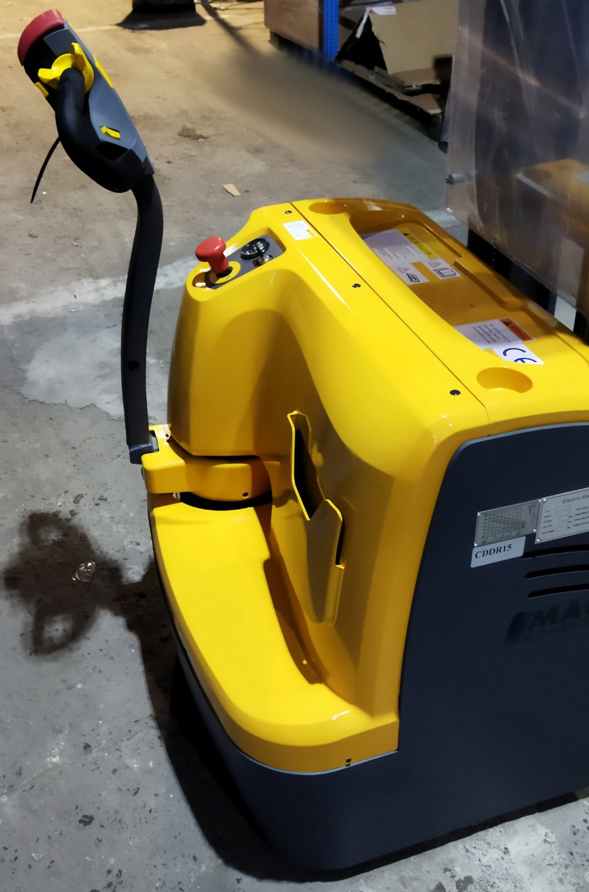 wózek paletowy elektryczny cddr15-III panel
