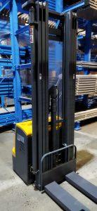 wózek paletowy elektryczny cddr15-III podnośnik